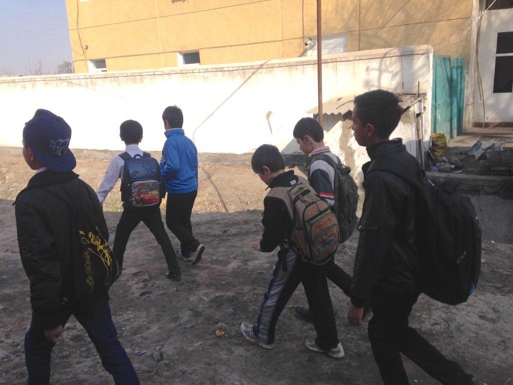 Uzbekistan schoolchildren